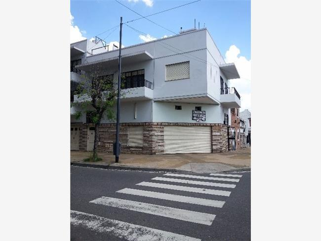 Foto Local en Venta en  P.Avellaneda ,  Capital Federal  Morzat al 1000