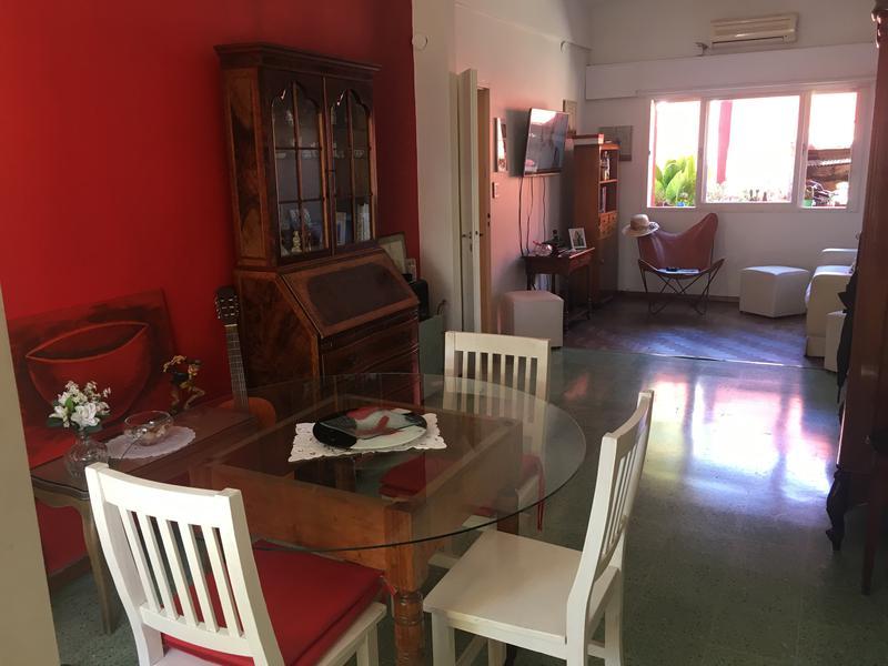 Foto Casa en Venta en  Lomas De Zamora ,  G.B.A. Zona Sur  MÑOR CHIMENTO al 700