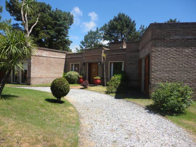 Foto Casa en Venta en  Jardines de Cordoba,  Punta del Este  Jardines de Cordoba