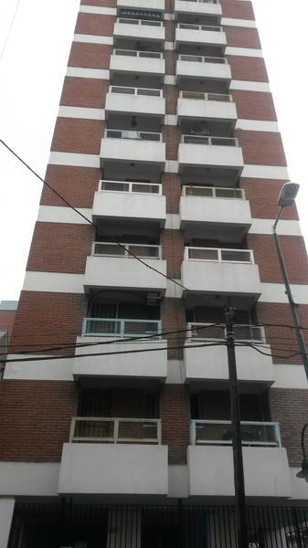 Foto Departamento en Venta en  San Fernando ,  G.B.A. Zona Norte  9 de Julio  al 1100