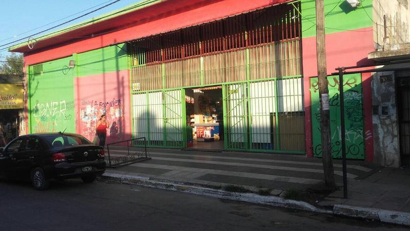 Foto Local en Alquiler en  Parque San Martin,  Merlo  Avenida San Martin al 3300