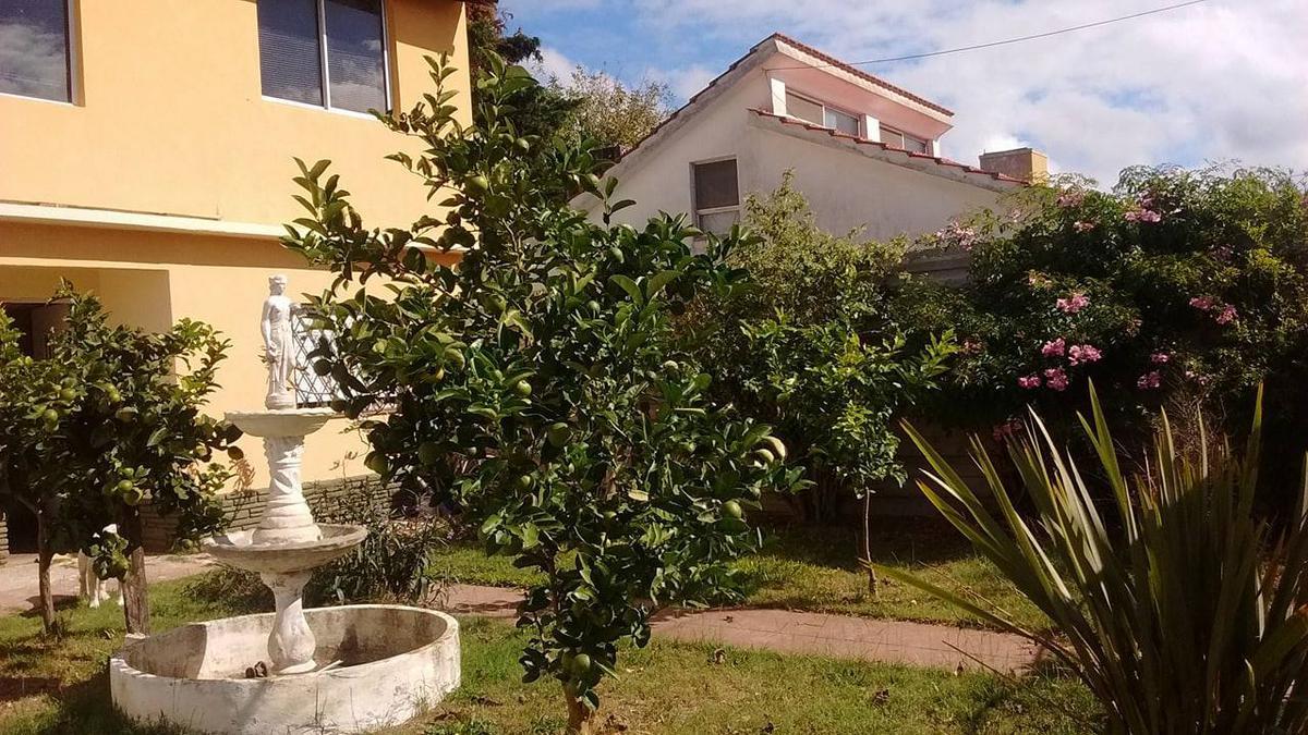 Foto Casa en Venta en  Santa Teresita ,  Costa Atlantica  CALLE 31 al 700