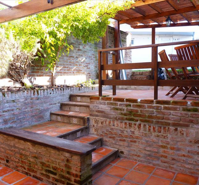 Foto Casa en Venta en  Malvín ,  Montevideo  Nueva, impecable en pleno Malvín