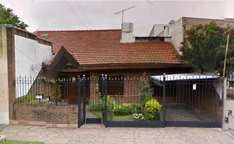 Foto Casa en Venta |  en  Lomas de Zamora Oeste,  Lomas De Zamora  Jose Maria Penna 310 Lomas de Zamora