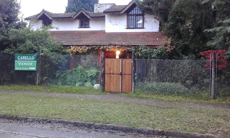 Foto Casa en Venta |  en  Jose Marmol,  Almirante Brown  FERRER 700