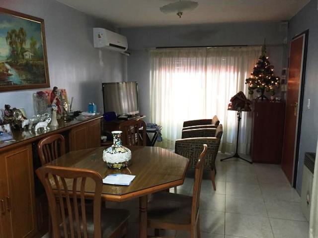 Foto Casa en Venta en  Lomas de Zamora Oeste,  Lomas De Zamora  San Martin N° al 100