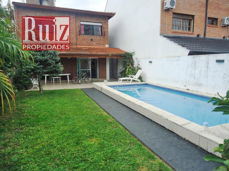 Foto Casa en Venta en  Olivos,  Vicente Lopez  Avellaneda al 4200