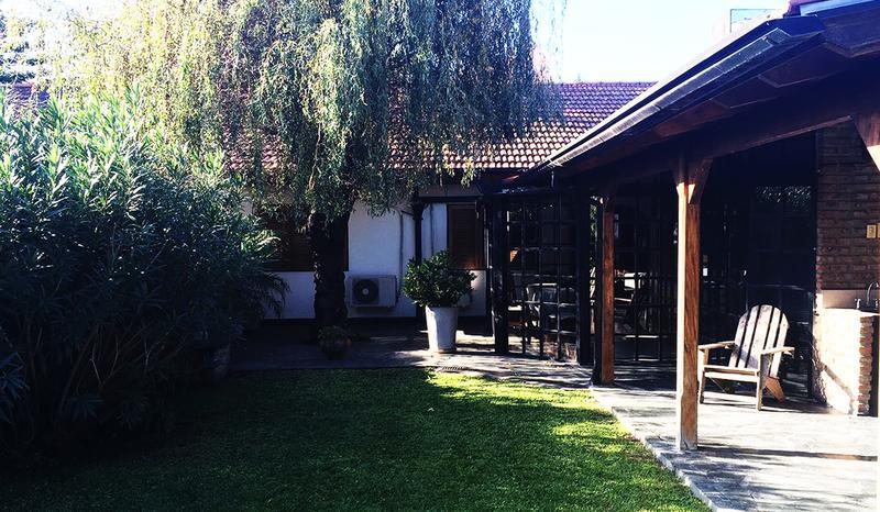 Foto Casa en Venta en  Castelar Norte,  Castelar  Merlo al 1800