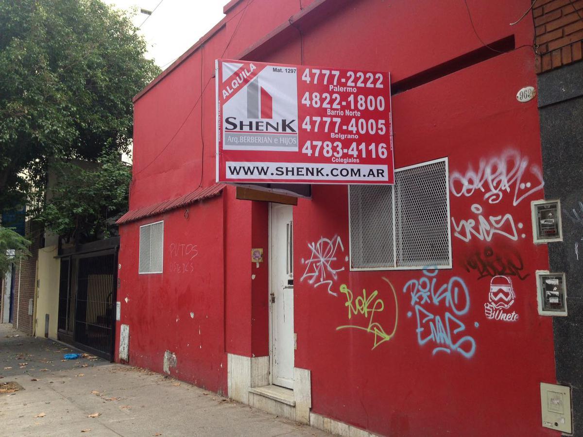 Foto Local en Alquiler en  Colegiales ,  Capital Federal  Conde al 900