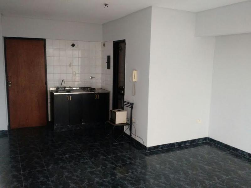 Foto Oficina en Alquiler en  San Miguel De Tucumán,  Capital  Mendoza al 400, monoambiente.