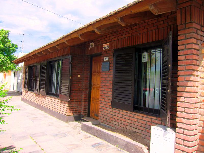 Foto Casa en Venta en  Trelew ,  Chubut  Inmigrantes al 300