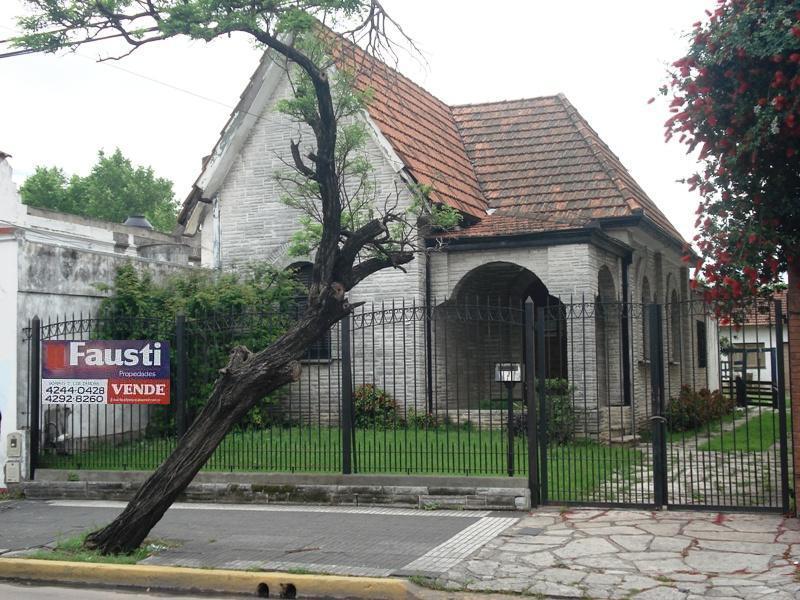 Foto Casa en Venta en  Lomas de Zamora Este,  Lomas De Zamora  Av. Alsina 1300
