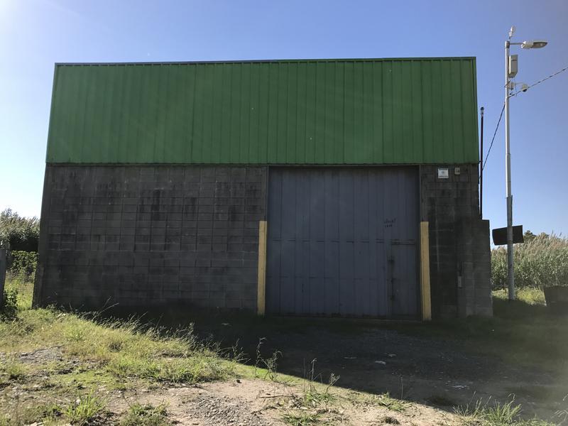 Foto Depósito en Alquiler en  Campana,  Campana  Iriat 1400
