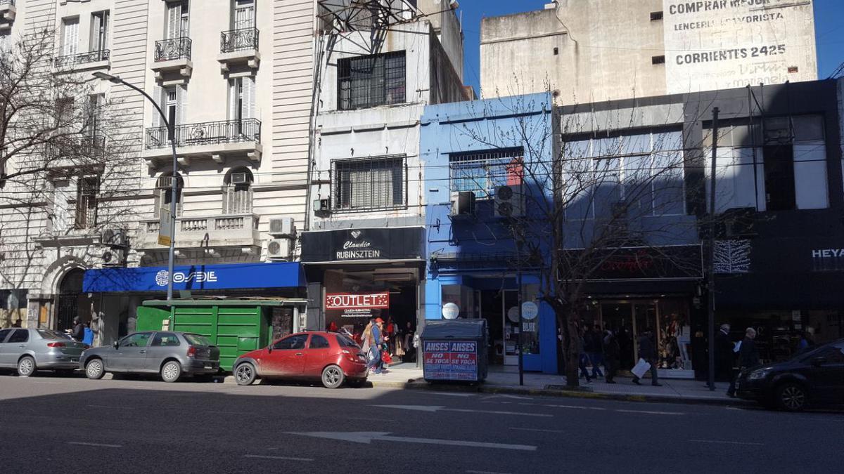 Foto Local en Alquiler en  Barrio Norte ,  Capital Federal  Av.Corrientes al 2400