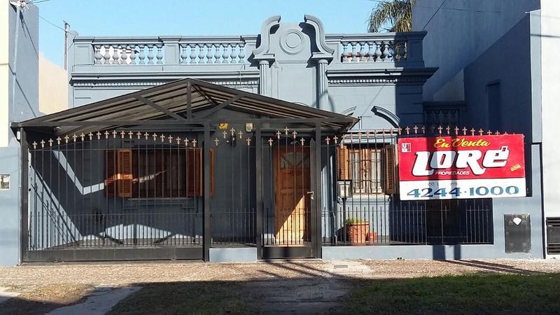 Foto Casa en Venta |  en  Lanús Este,  Lanús  BOLAÑOS al 1100