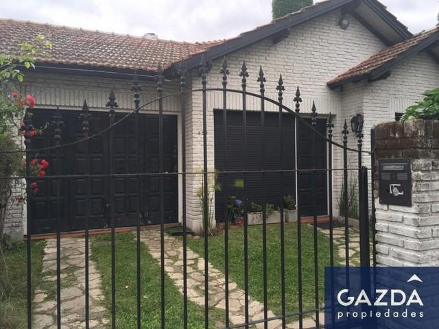 Foto Casa en Venta en  Monte Grande,  Esteban Echeverria  Rivadavia 455