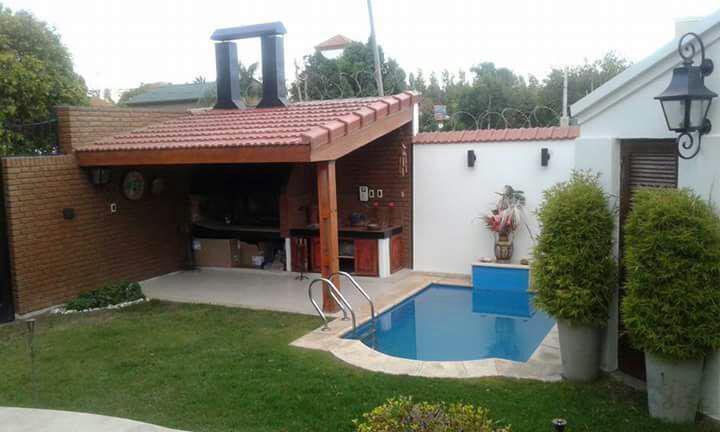 Foto Casa en Venta en  Desamparados,  Capital  Rivadavia oeste al 2100