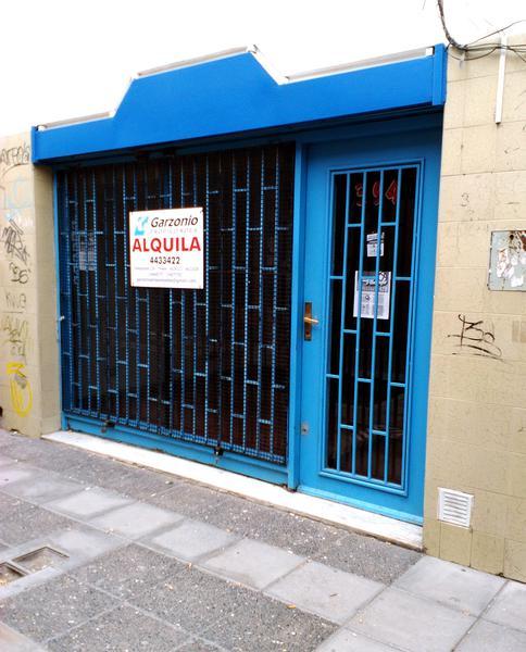 Foto Local en Alquiler en  Trelew ,  Chubut  Pasaje La Rioja al 300