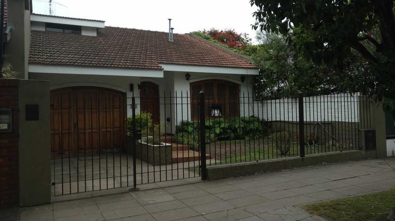 Foto Casa en Alquiler en  Ituzaingó ,  G.B.A. Zona Oeste  Ituzaingó