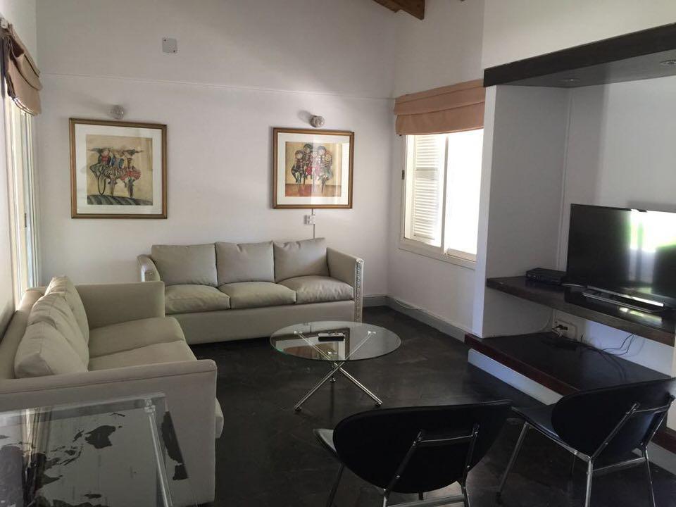 Foto Casa en Alquiler en  Capital ,  Mendoza  Dalvian