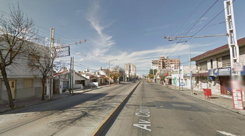 Foto Local en Alquiler    en  Alto Alberdi,  Cordoba  Colon al 2500