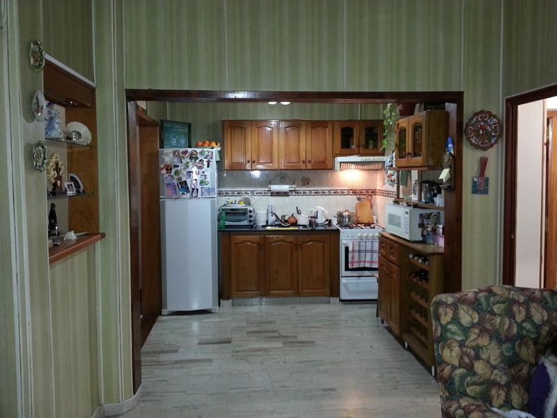 Foto Casa en Venta en  Valentin Alsina,  Lanus  Paso de Burgos al 100
