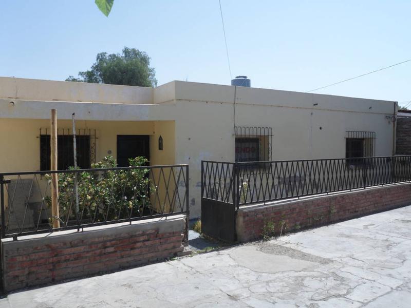 Foto Casa en Venta en  Rawson ,  San Juan  Republica del Libano al 200