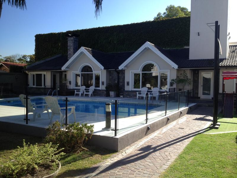Foto Casa en Venta en  Lomas De Zamora ,  G.B.A. Zona Sur  LAS HERAS 1046 e/ J. M. Penna y Almafuerte