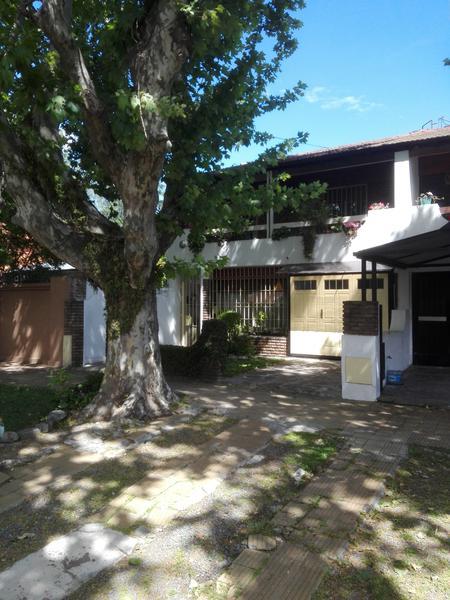 Foto Casa en Venta en  Temperley Oeste,  Temperley  SUAREZ 63