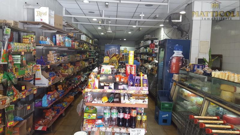 Foto Local en Venta en  Agronomia ,  Capital Federal  constituyentes al 3600