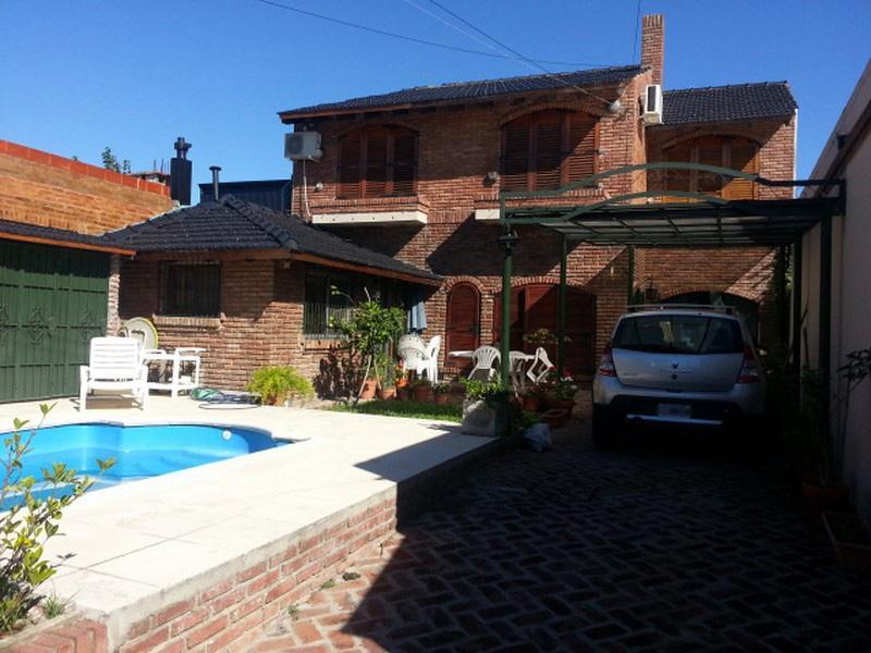 Foto Casa en Venta en  Centro (Campana),  Campana  Moreno al 1000