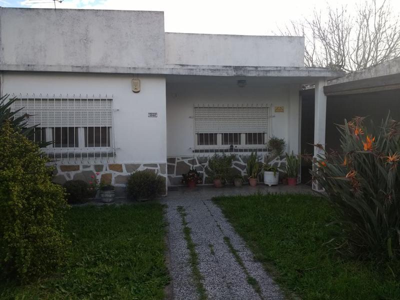 Foto Casa en Venta en  Ituzaingó Norte,  Ituzaingó  Martin Rodriguez al 1900
