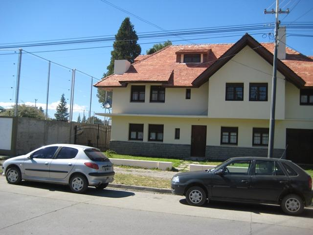 Foto Casa en Venta en  Esquel,  Futaleufu  Rivadavia entre Pellegrini y Alberdi