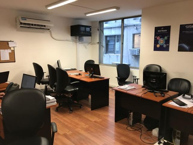 Foto Oficina en Alquiler en  Centro ,  Capital Federal  Corrientes al 1300