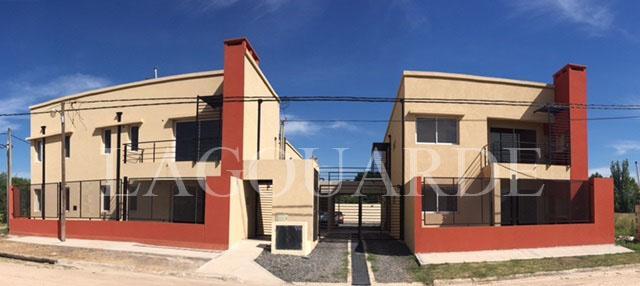 Foto Casa en Alquiler en  Los Cardales,  Exaltacion De La Cruz  URCELAY entre 25 DE MAYO y LOS TILOS
