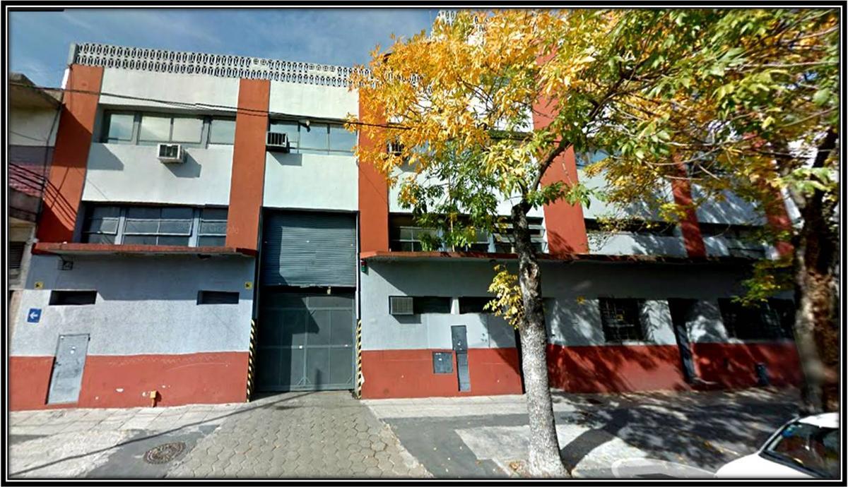 Foto Nave Industrial en Venta en  Villa Devoto ,  Capital Federal  Tinogasta al 5200