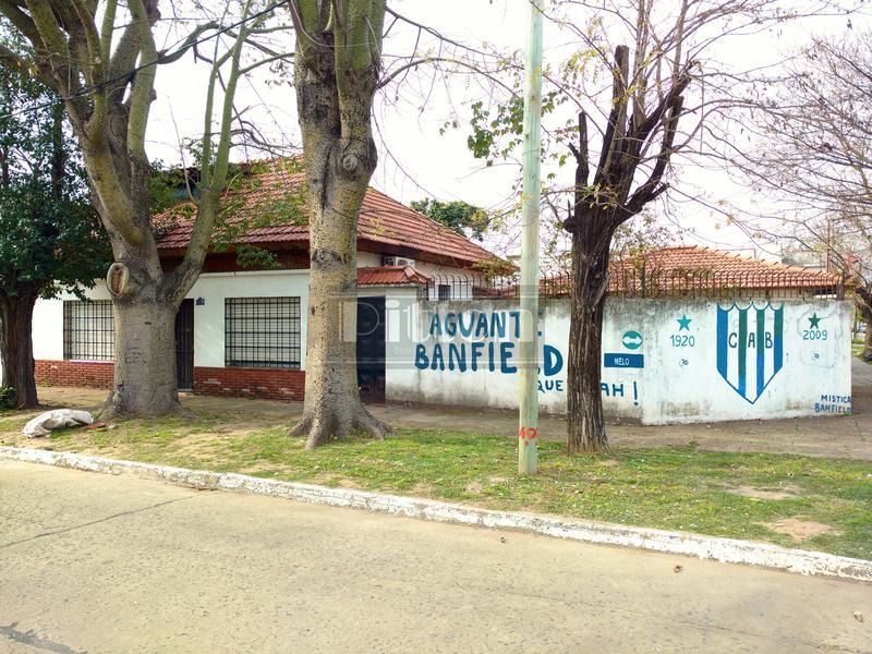 Foto Casa en Venta en  Banfield Este,  Banfield  Melo 805 Esq. Levalle