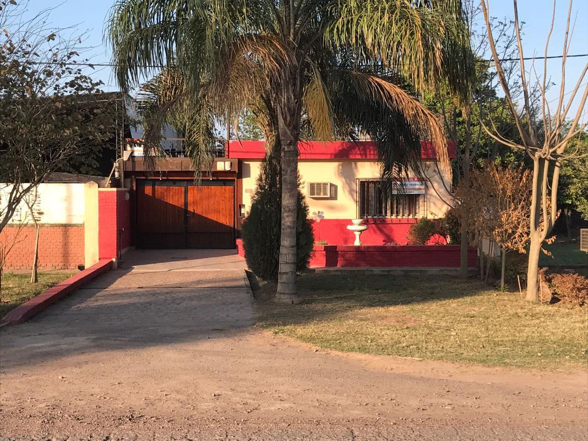 Foto Casa en Venta en  San Martin Este,  Presidencia Roque Saenz Peña  51 e 0 y 00