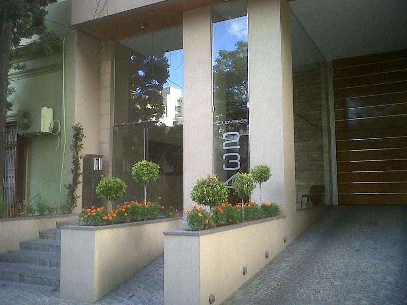 Foto Departamento en Venta en  Lomas de Zamora Oeste,  Lomas De Zamora  Colombres 234 piso 5° B **Apto Credito**