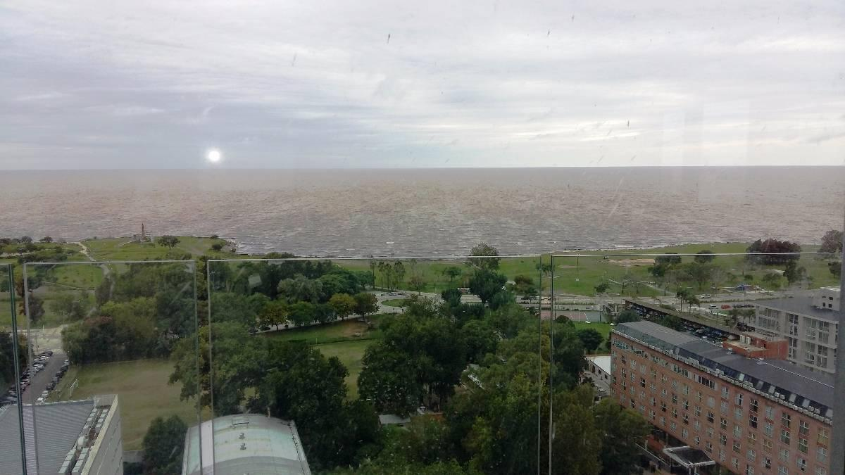 Foto Departamento en Venta en  Olivos,  Vicente Lopez  Av. Del Libertador 1500
