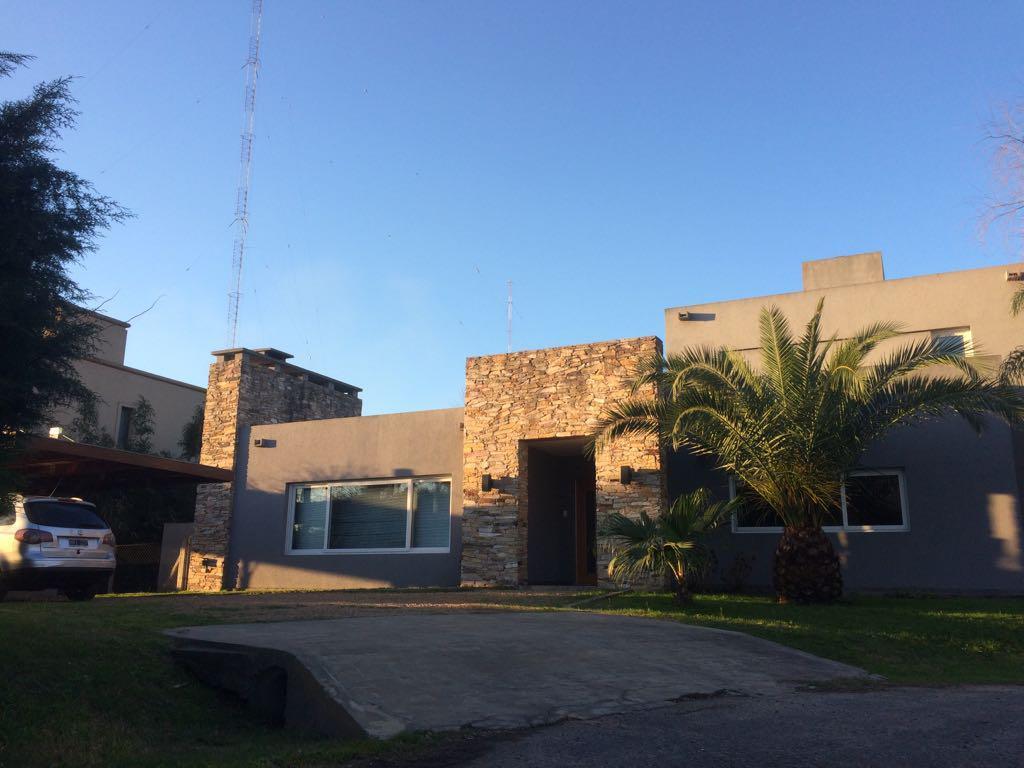 Foto Casa en Venta en  Altos Del Sol,  Countries/B.Cerrado  Horacio Quiroga al 4901