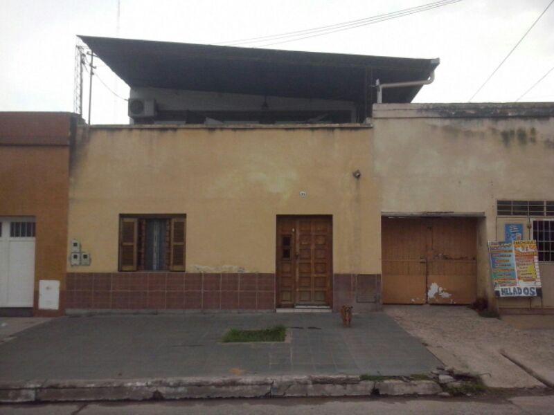 Foto Casa en Venta en  San Miguel De Tucumán,  Capital  Lopez y Planes 200-  Alt. Juan B. Justo  1400