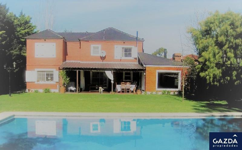 """Foto Casa en Venta en  Echeverria Del Lago,  Countries/B.Cerrado  Importante propiedad en Barrio """"Echeverría del Lago"""""""