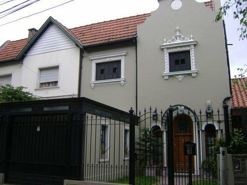 Bonatti propiedades casas en venta for Casa decoracion lomas de zamora
