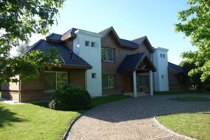 Foto Casa en Alquiler temporario en  Chacras Open Door,  Countries/B.Cerrado  Chacras de Open Door, Alquiler Temporario