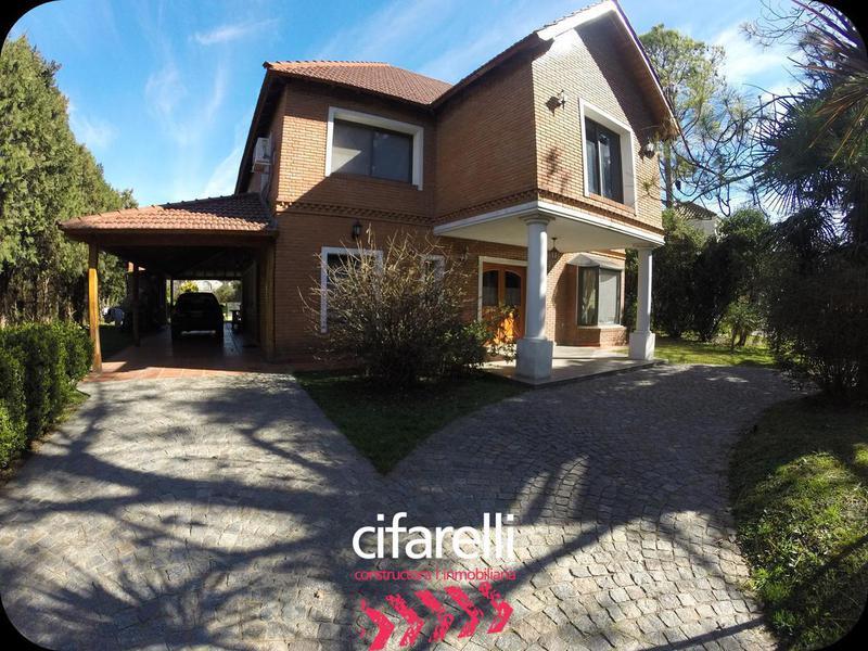 Foto Casa en Venta en  Saint Thomas,  Countries/B.Cerrado  Lote al 300