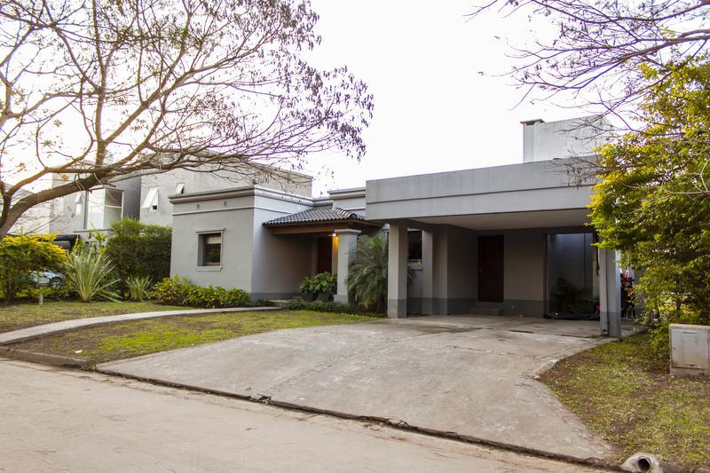 Foto Casa en Venta en  Nuevo Country del Golf,  Countries/B.Cerrado  Nuevo Country del Golf