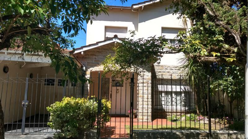 Foto Casa en Venta en  Ituzaingó Sur,  Ituzaingó  Dunant al 800