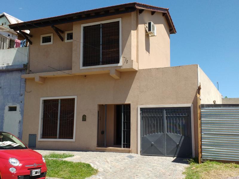 Foto Casa en Venta en  Centro (Campana),  Campana  Alberdi al 1200