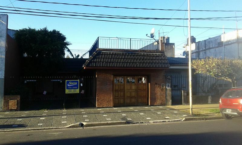 Foto Casa en Venta en  Ramos Mejia Sur,  Ramos Mejia  Constitución al 300